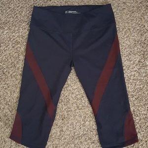 Pants - VSX crop leggings